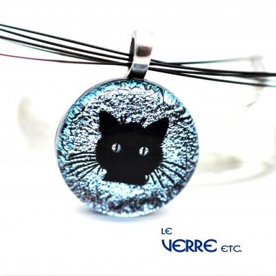 Pendentif en verre dichroïque ( chat )